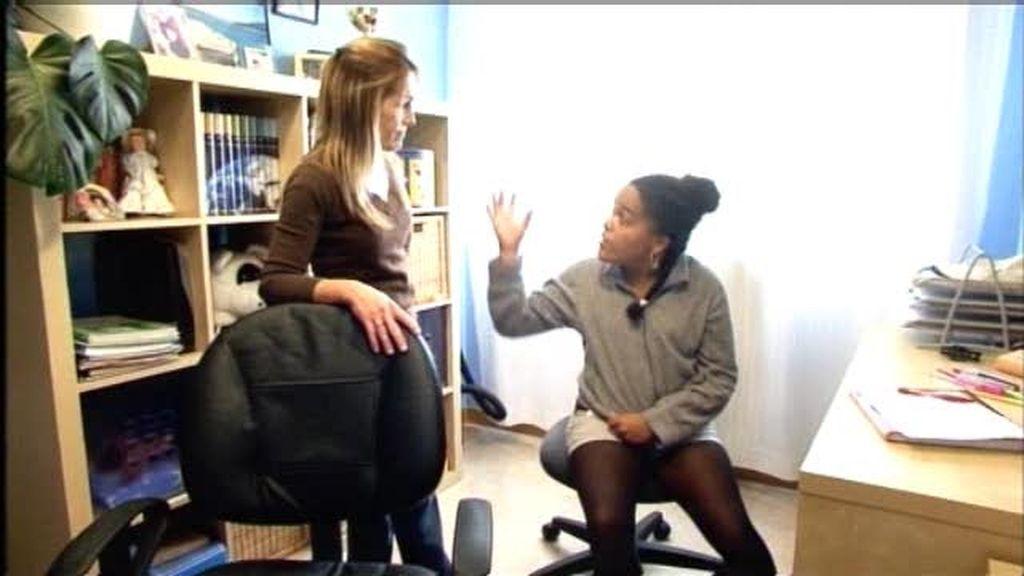 "Andrea amenaza a su madre: ""Antes te cojo del pelo y te tiro por la ventana"""