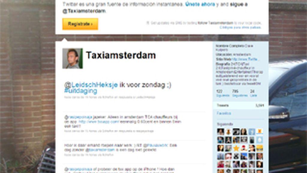 El perfil de Dave Kuipers, como Taxi Amsterdam para ofrecer su servicio en tiempo real y a golpe de tweed.