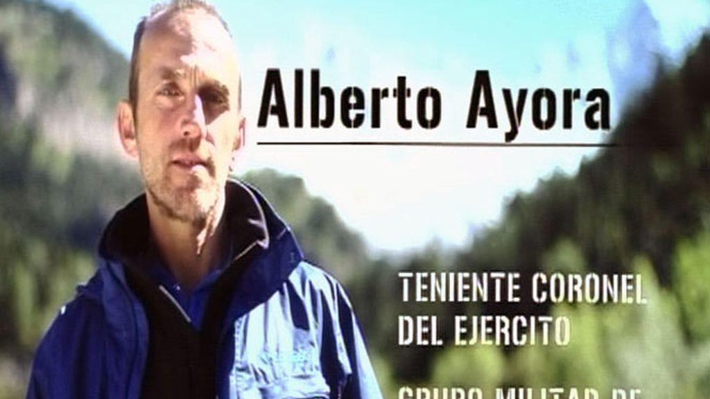 Alberto Ayora: disciplina castrense