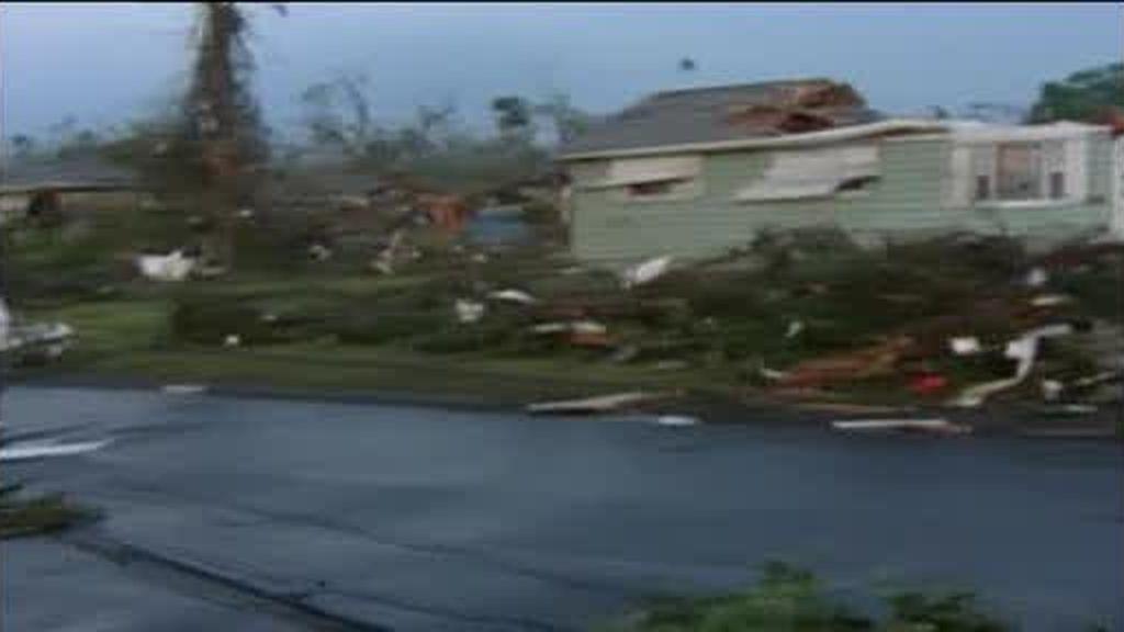 Los tornados siguen azotando EEUU