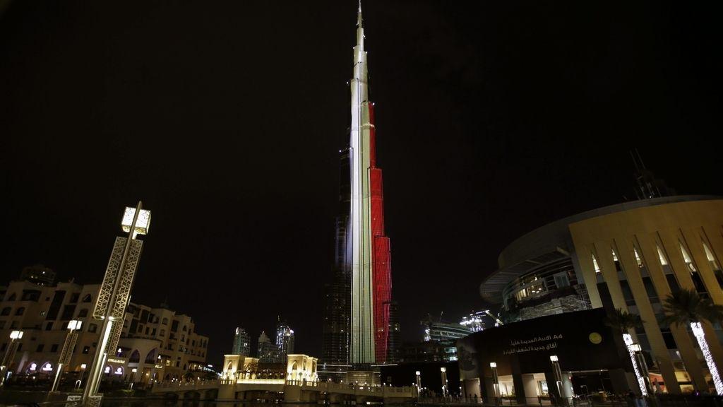 Dubai homenajea a las víctimas de los atentados de Bruselas