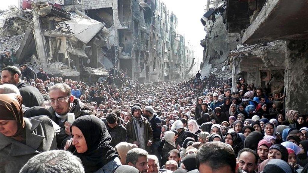 """Escenas """"apocalípticas"""" en el campo de refugiados de Yarmuk (Siria)"""