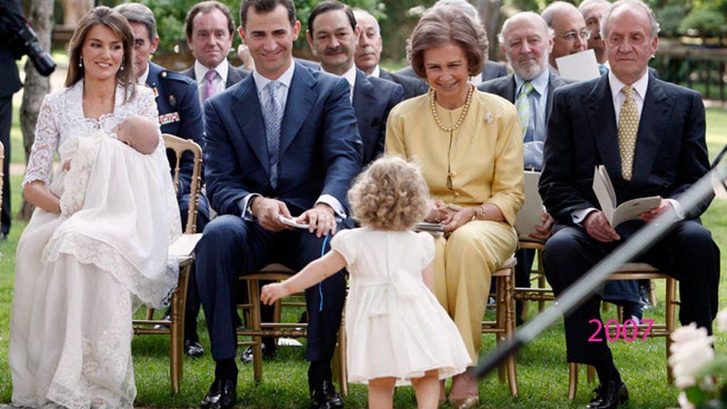 2007: llega mini Sofía a la 'royal family'