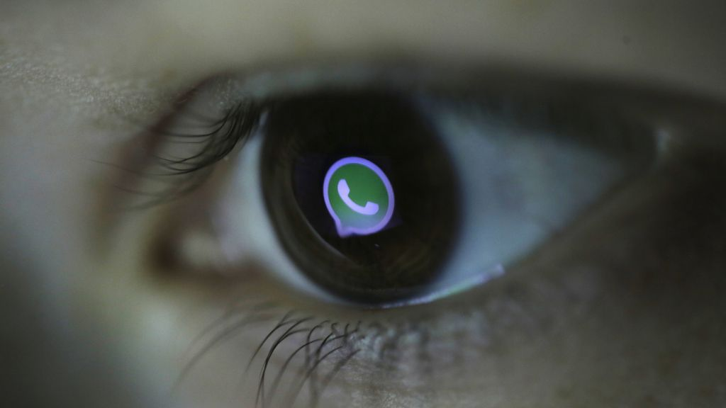 WhatsApp supera los 900 millones de usuarios activos