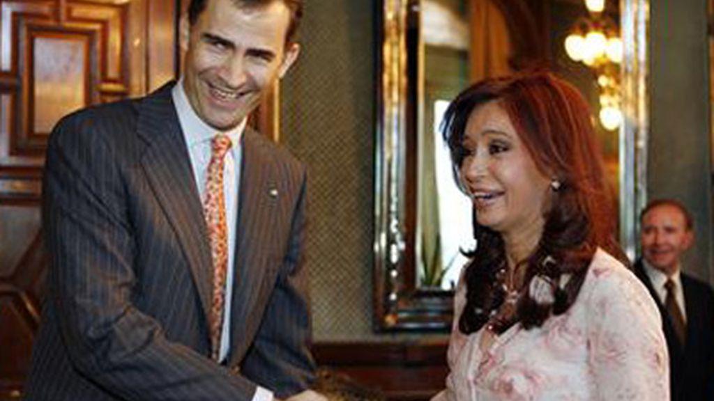 El Príncipe Felipe acude al nombremiento de Cristina Fernández