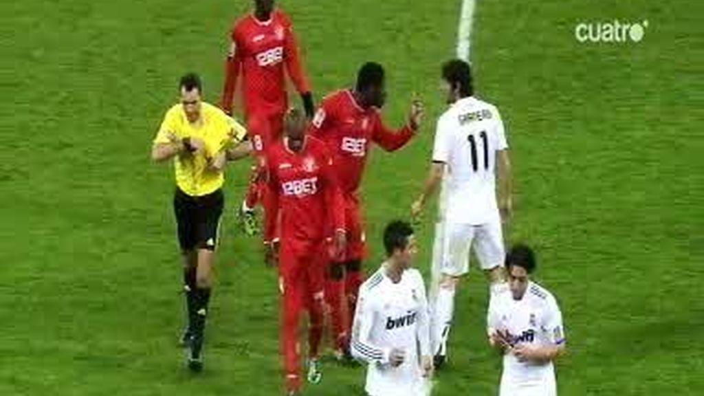 La lista de fallos del árbitro frente al Sevilla