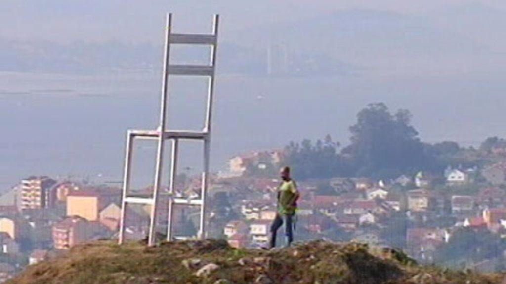 La silla gigante en la cima del monte