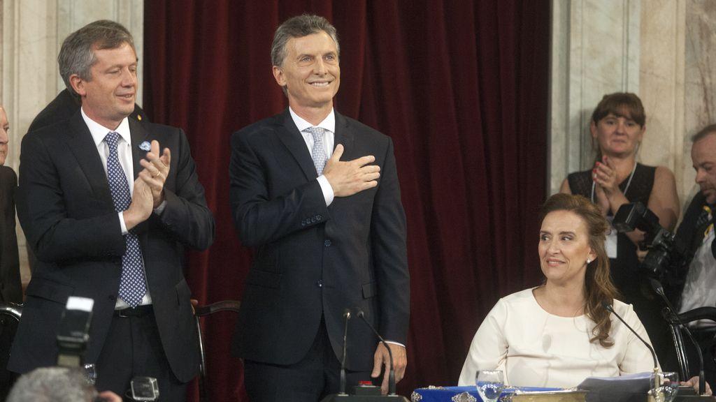 Mauricio Macri jura como presidente de Argentina