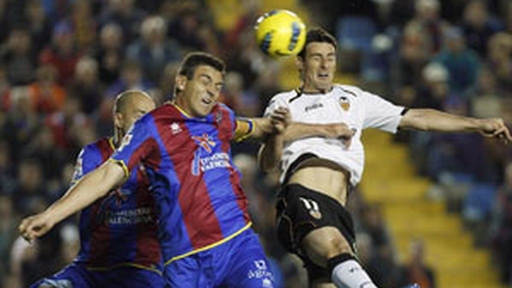 El Levante cierra la Champions FOTO: EFE