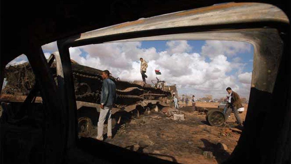 Tanques en Bengasi