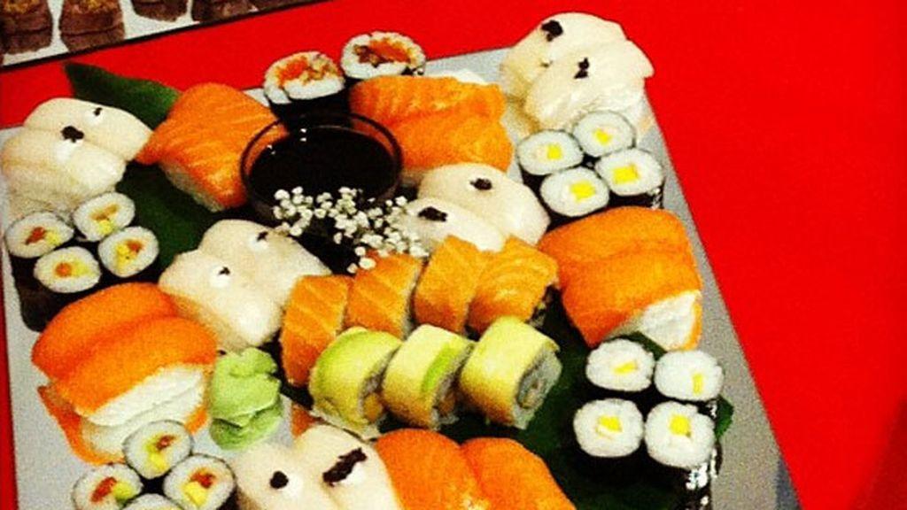 Cogiendo fuerzas con sushi del bueno