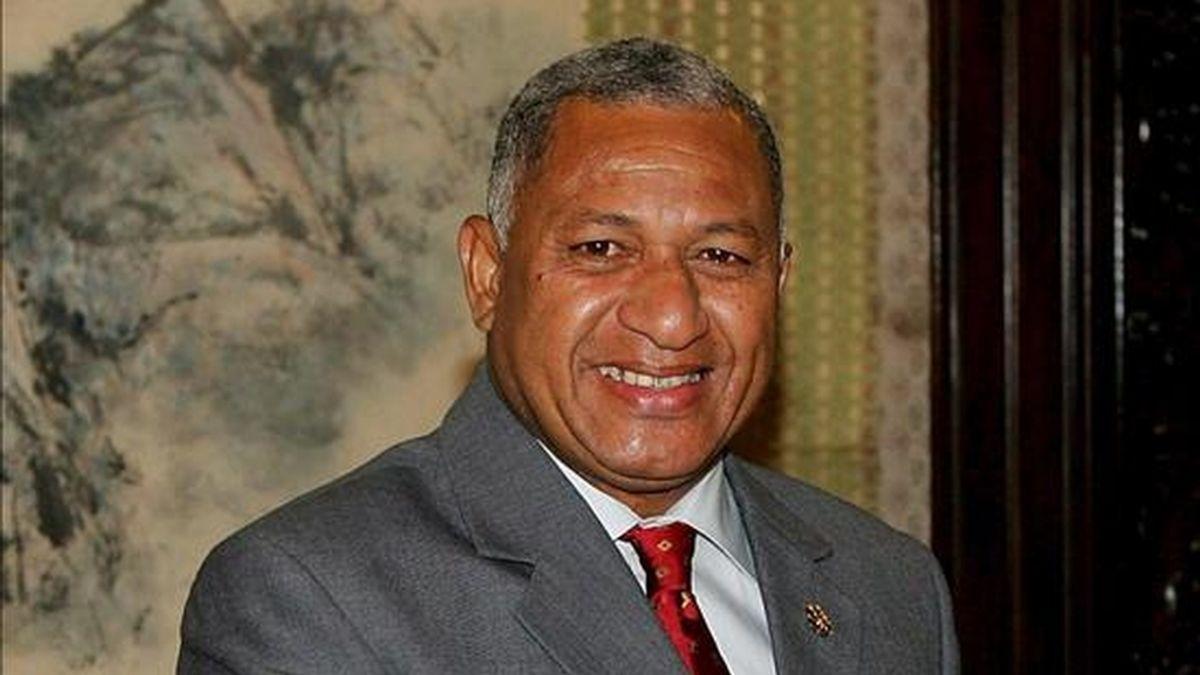 Fiyi tendrá para 2013 una nueva Constitución que reflejará la pluralidad étnica de la población y acabará con la separación por raza en el sistema electoral, anunció hoy el primer ministro golpista, comodoro Frank Bainimarama. EFE/Archivo