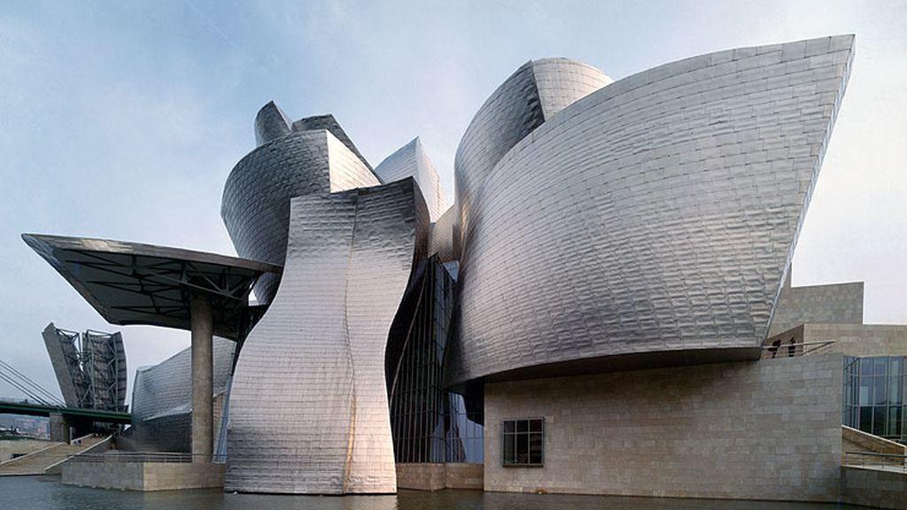 El Guggenheim de Bilbao, la ciudad de las Artes y las Ciencias de Valencia, el centro Niemeyer, marcaron el boom inmobiliario español.