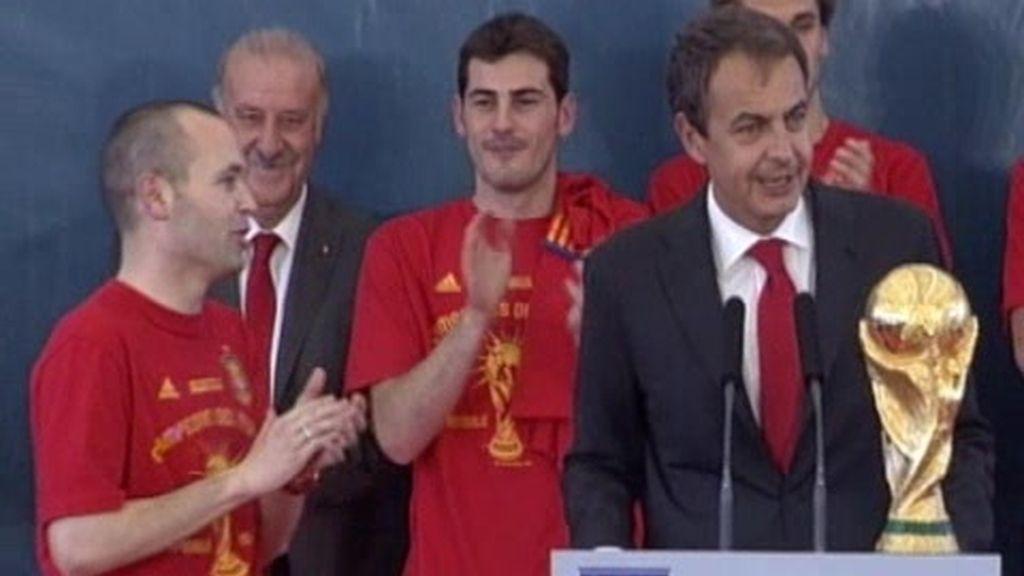 Zapatero recibe a la 'Roja'