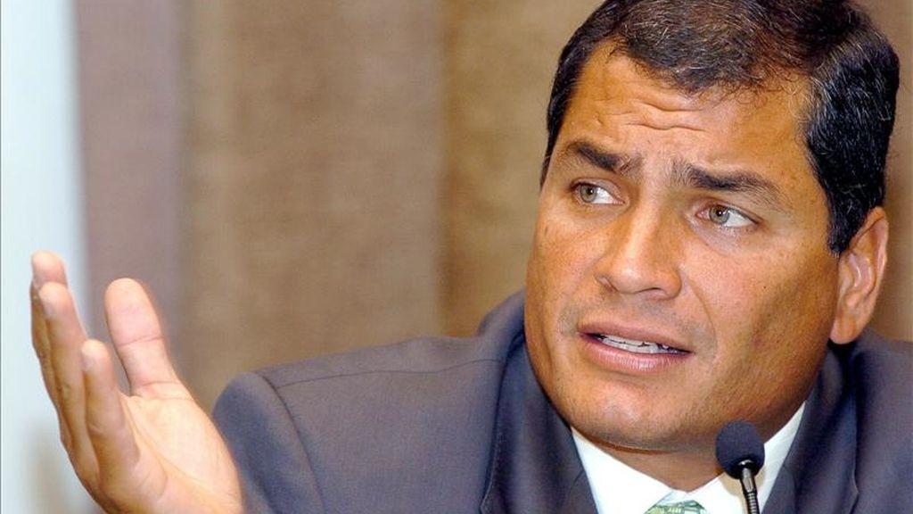 """El presidente de Ecuador, Rafael Correa, ha rechazado cualquier persecución política al movimiento indígena con un desafiante: """"Qué hagan lo que les de la gana. Estamos en Estado de Derecho, donde se juzga de acuerdo con el debido proceso y de acuerdo a las leyes"""". EFE/Archivo"""