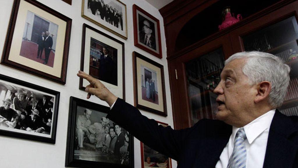 Eduardo Moreno, sobrino del actor, muestra sus fotografías