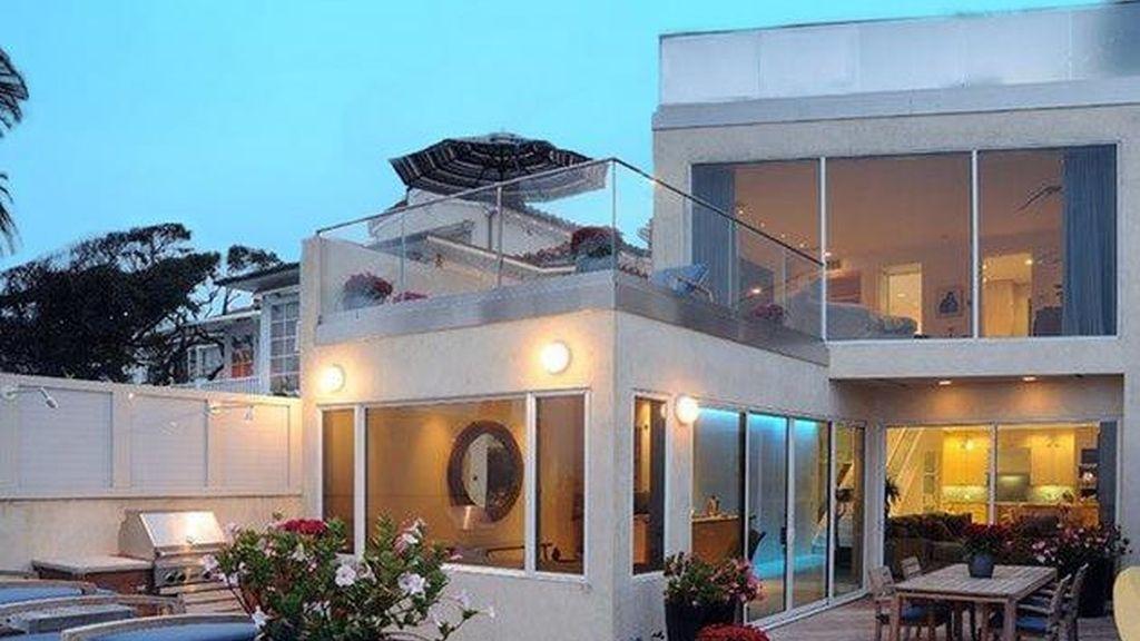 El actor Jim Carrey vende su casa por casi 14 millones de dólares