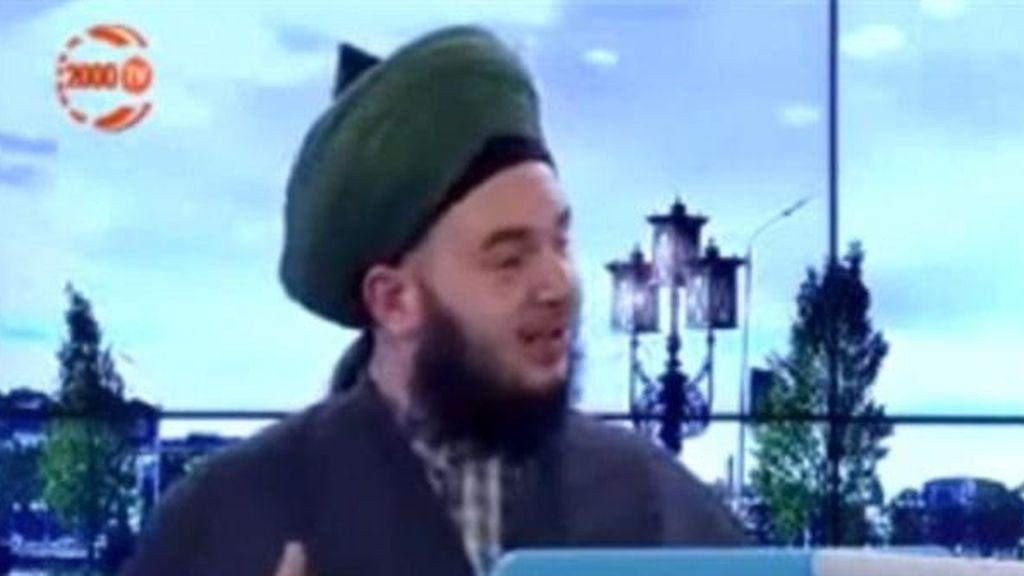 Mucahid Cihad Han, telepredicador turco contrario a la masturbación.