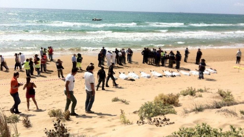 Mueren 13 inmigrantes ahogados cuando intentaban llegar a Sicilia