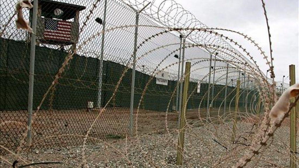 La orden ejecutiva apelaría al poder de Obama como presidente para mantener en detención a personas capturadas en un campo de batalla durante un conflicto armado, en este caso, la guerra contra el terrorismo. EFE/Archivo