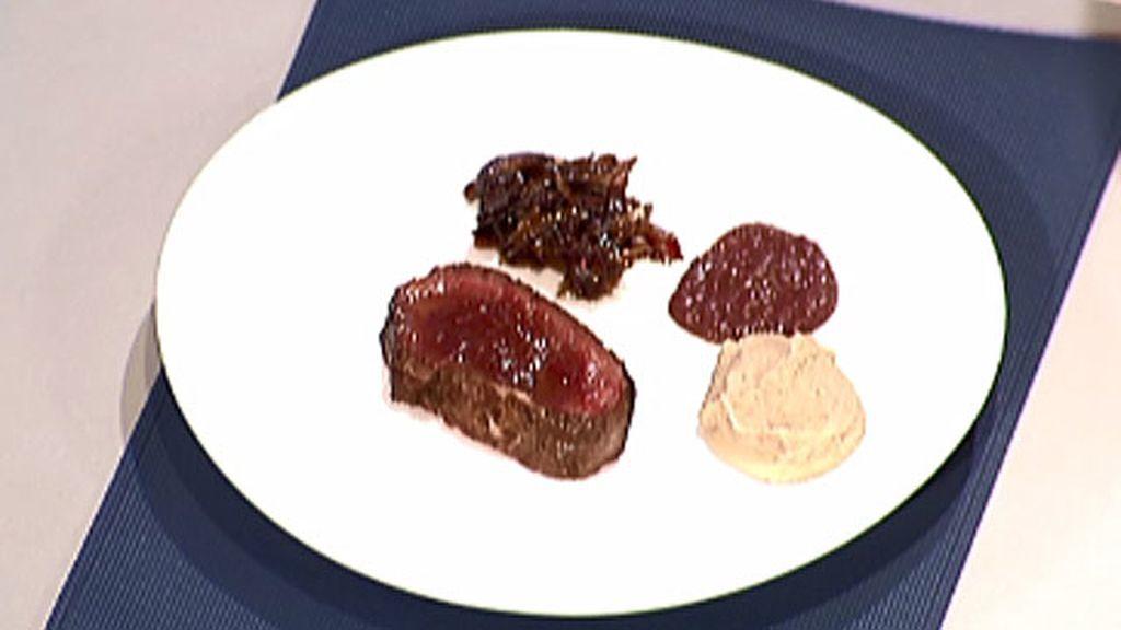 Ciervo con salsa de arándanos