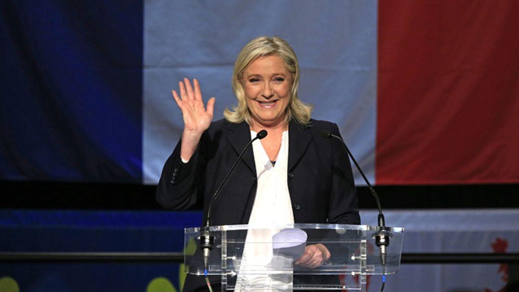 Los resultados oficiales confirman la clara victoria del Frente Nacional en el total de Francia