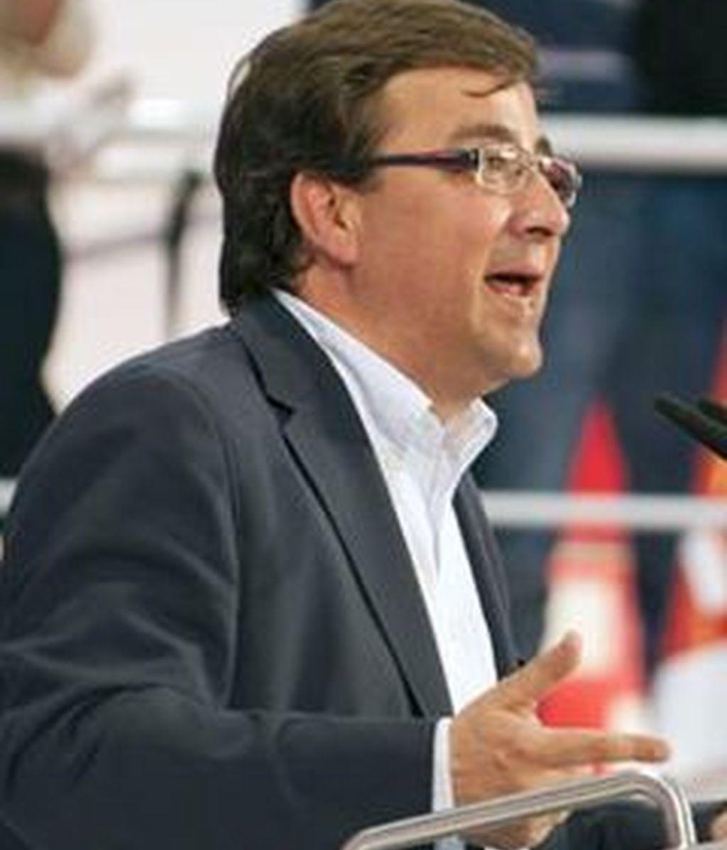 Fernández Vara quiere cerrar un acuerdo con IU la próxima semana. Foto: EFE.