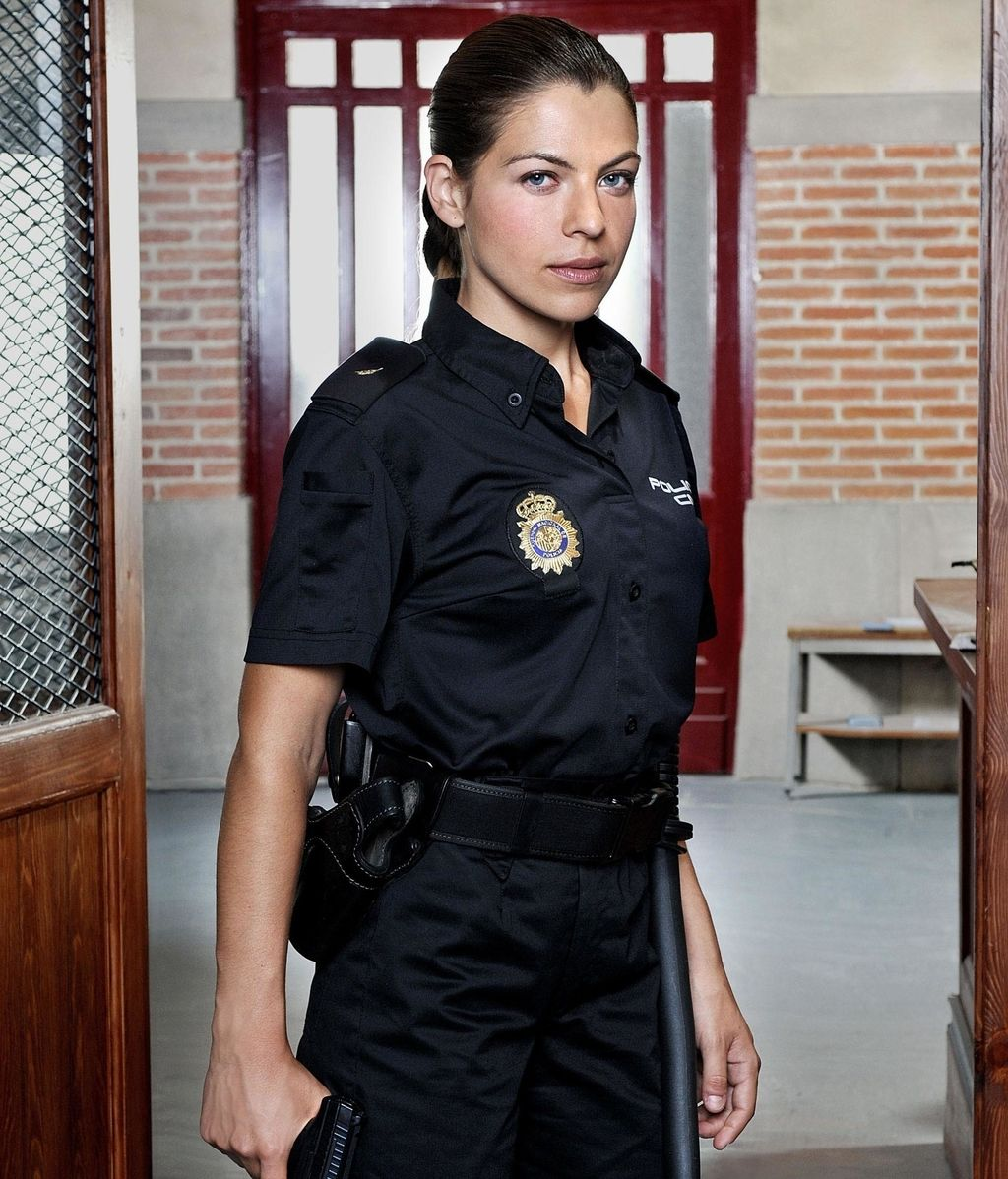 Mati (Thair Blume), mujer policía en un ambiente hostil