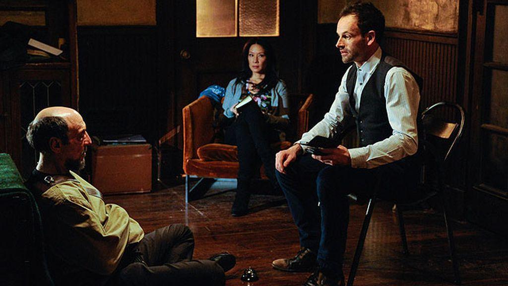 'Una historia para recordar', el nuevo episodio de 'Elementary' (T01XC21), en imágenes