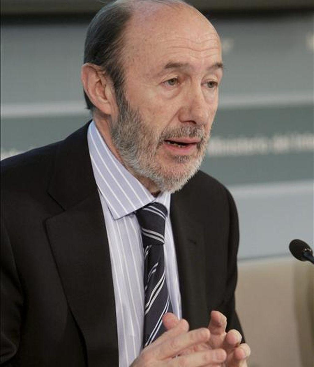 El vicepresidente primero del Gobierno y ministro del Interior, Alfredo Pérez Rubalcaba, hoy en Madrid. EFE
