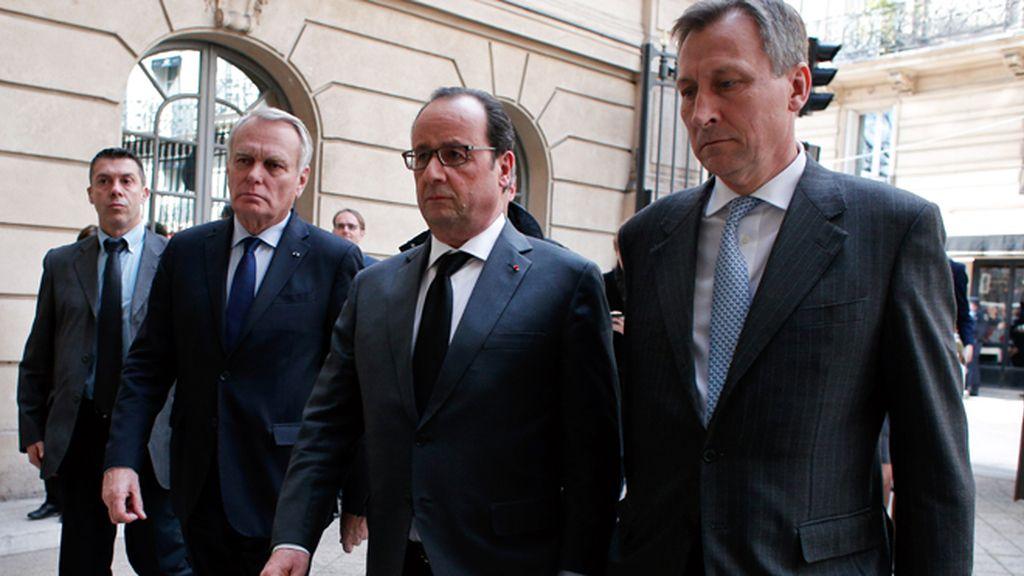 """Los líderes europeos prrometen hacer frente """"juntos"""" a la amenaza terroista"""