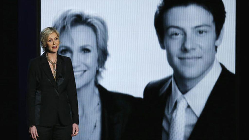 Jane Lynch recuerda a Cory Monteith