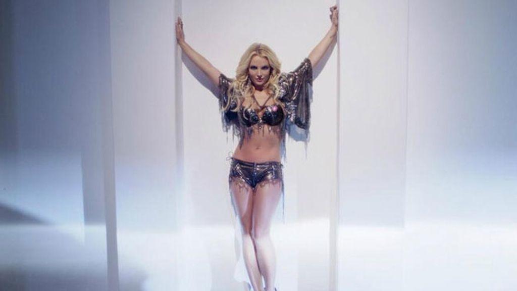 Britney Spears en su nuevo single, 'Work Bitch'