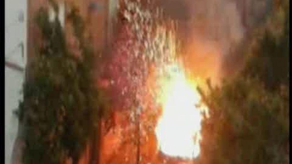 Explosión de una furgoneta cargada con botellas de oxígeno