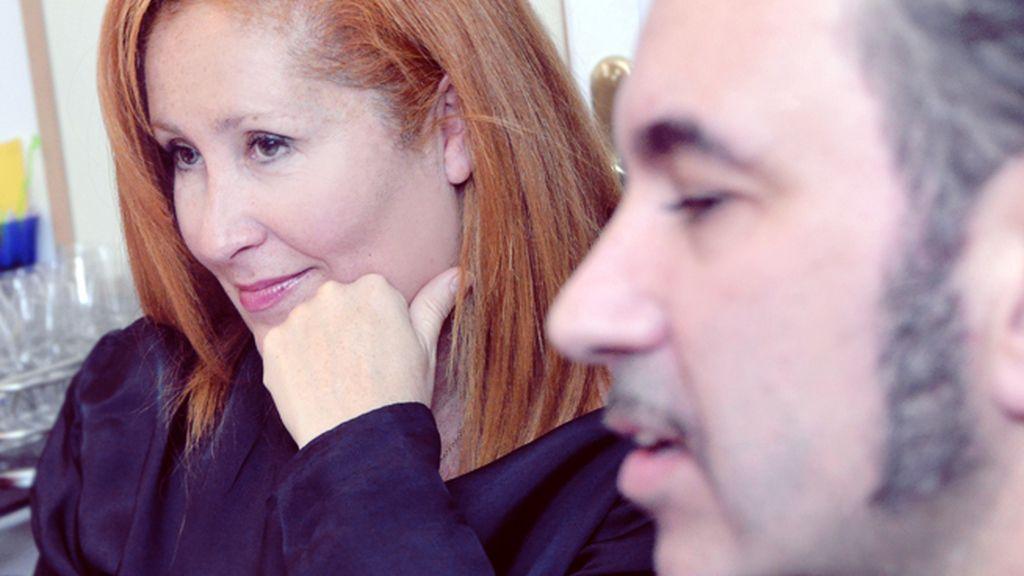 Félix y Dunia, dos expertos directores de actrices, durante el ensayo