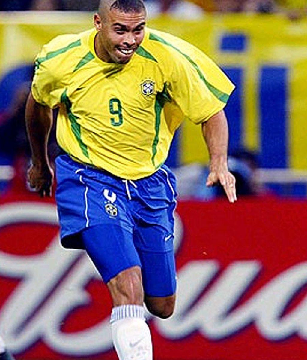 Neymar nos hace recordar otros peinados, cuanto menos, inquietantes