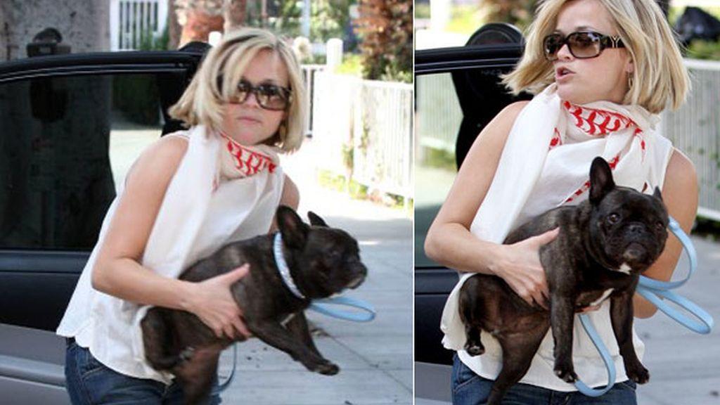 Reese Witherspoon, la 'rubia más legal', lo preferiría en rosa