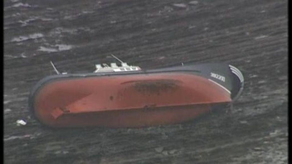 El buque Mocho sobrevive al temporal
