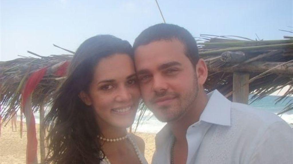 Mónica Spears, miss Venezuela 2004 y su marido, Henry Thomas
