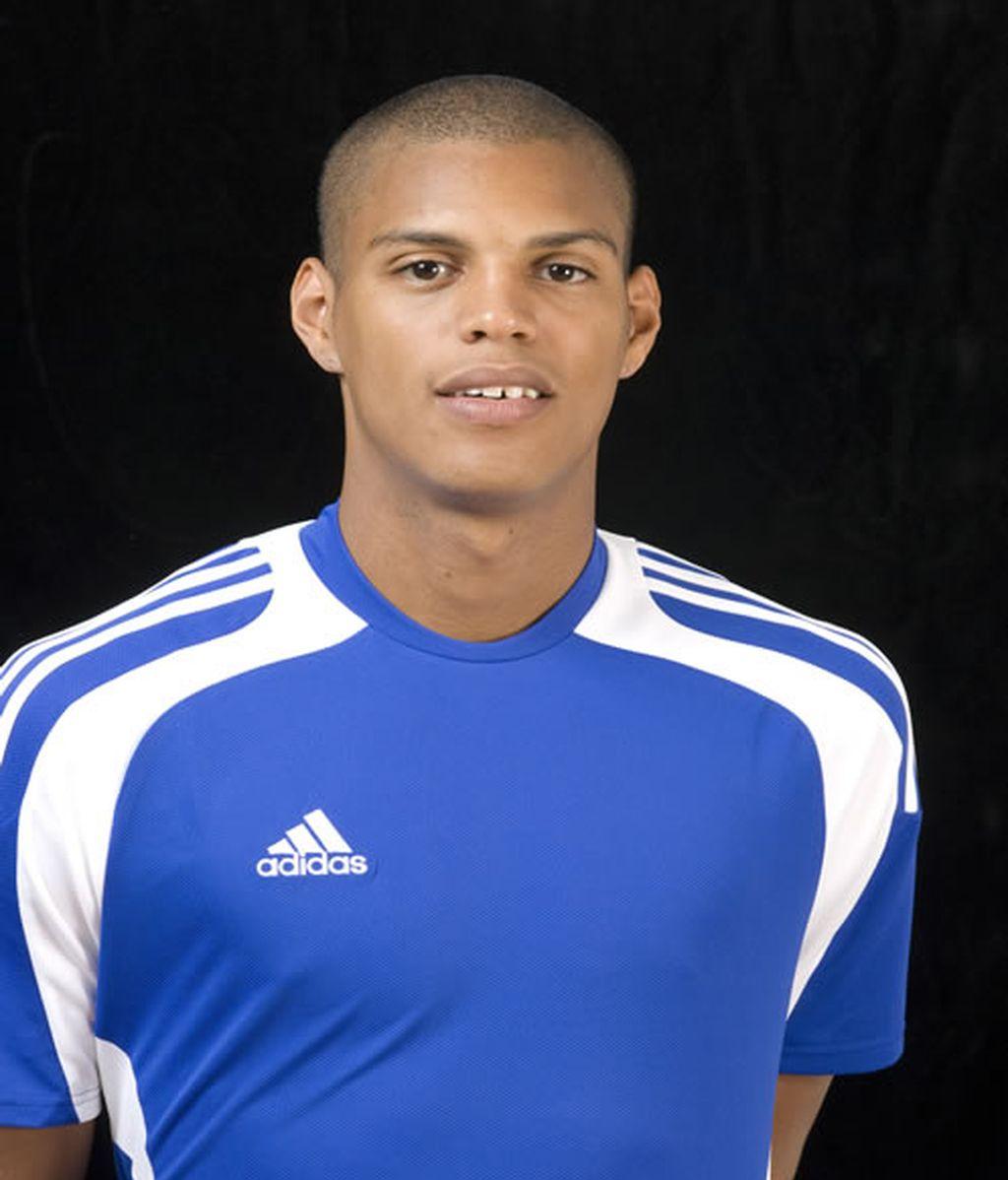 Rodrigo González (Kanu)