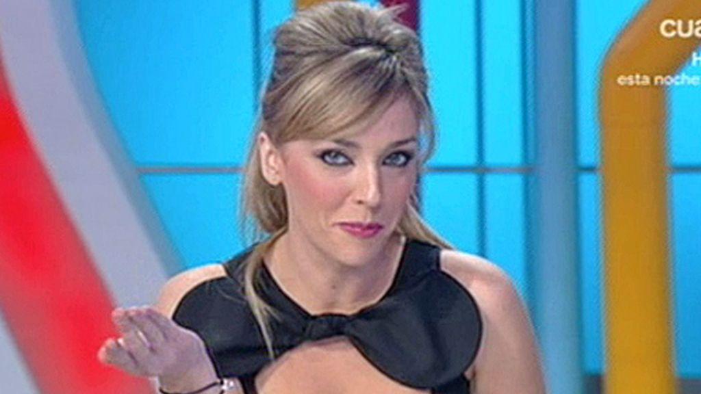 Anna Simón con vestido negro
