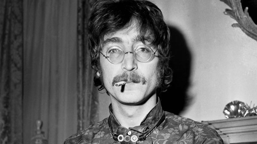 6. John Lennon, en el sexto puesto, aún con legiones de fans
