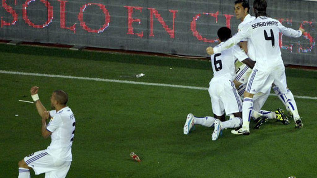Feo gesto de Pepe en la celebración del gol de Cristiano Ronaldo