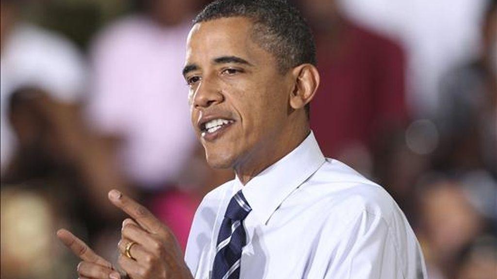 El presidente estadounidense, Barack Obama, ofrece un discurso tras su visita la planta de ensamblaje Jefferson Norte de Detroit, Michigan, (Estados Unidos). EFE