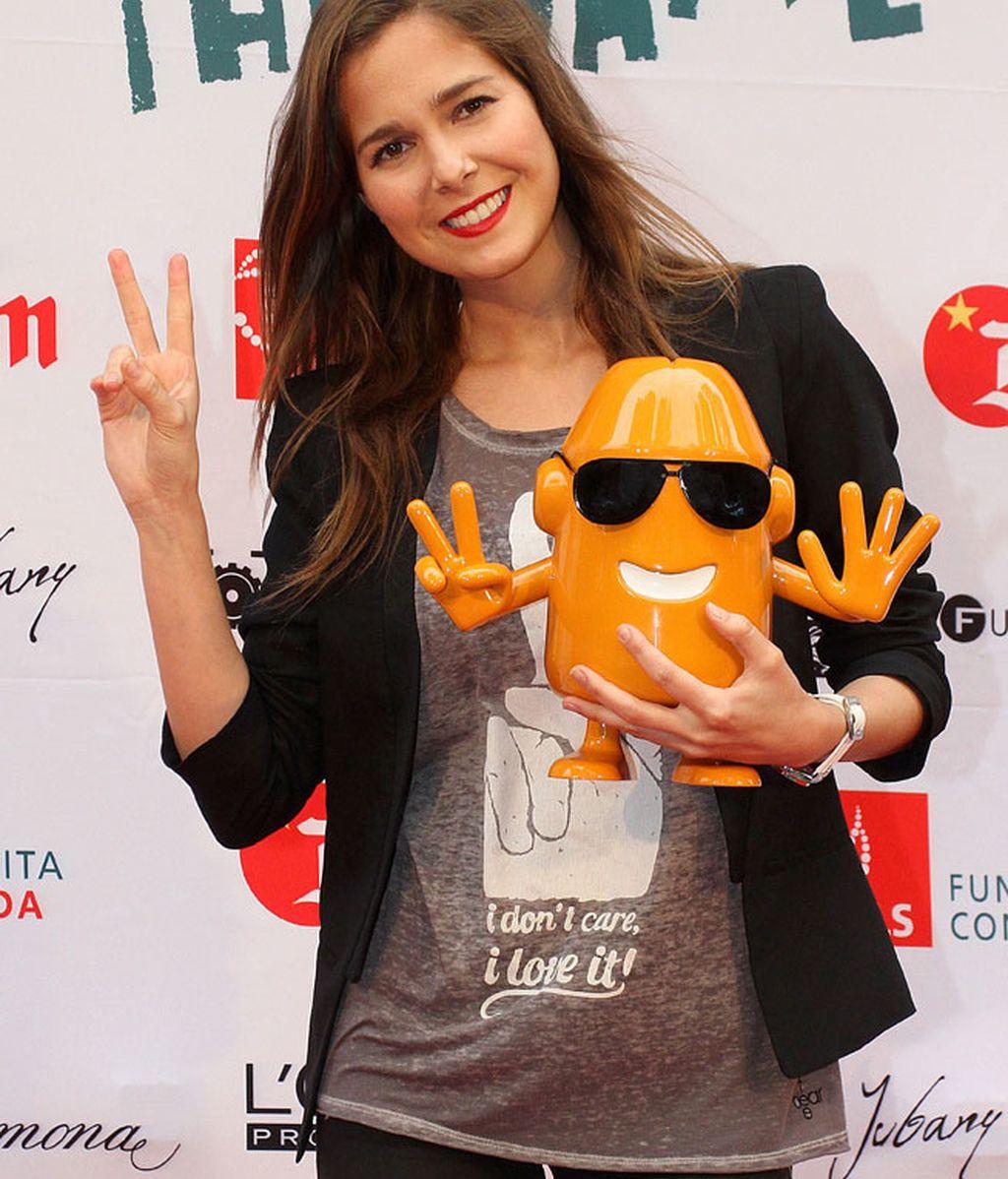Natalia Sánchez, con uno de los protagonistas de 'Epidemia The Game'