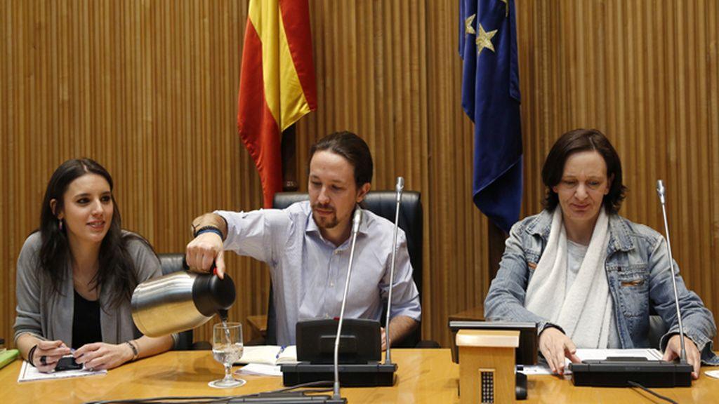 Pablo Iglesias llamará hoy a Pedro Sánchez si el líder socialista no toma la iniciativa