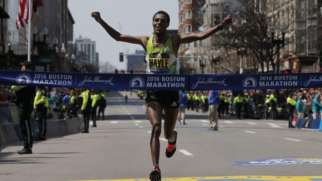 La Maratón de Boston recordó a las víctimas de 2013 (18/04/2016)