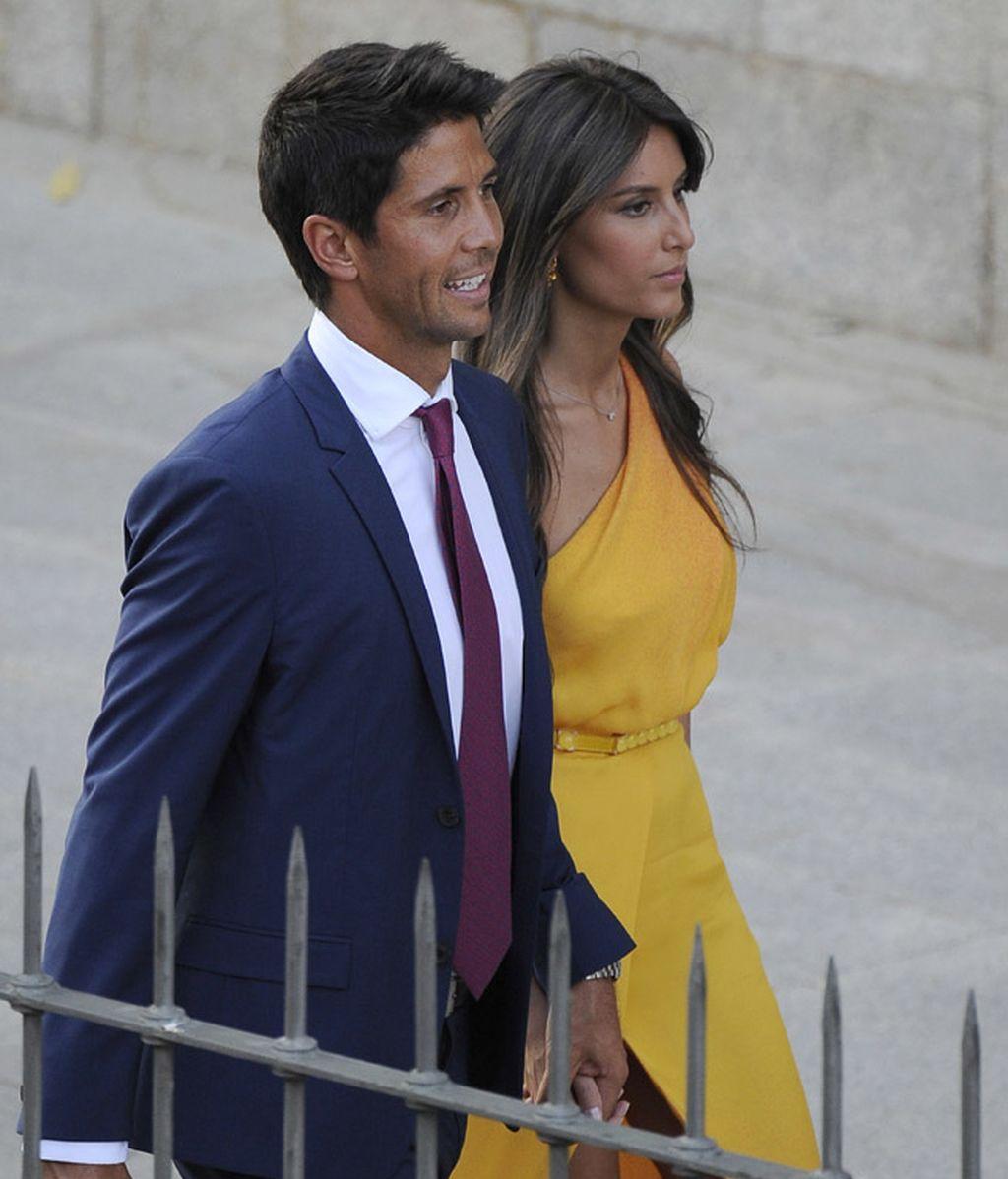 Ana Boyer causó sensación junto a Fernando Verdasco con un vestidazo mostaza