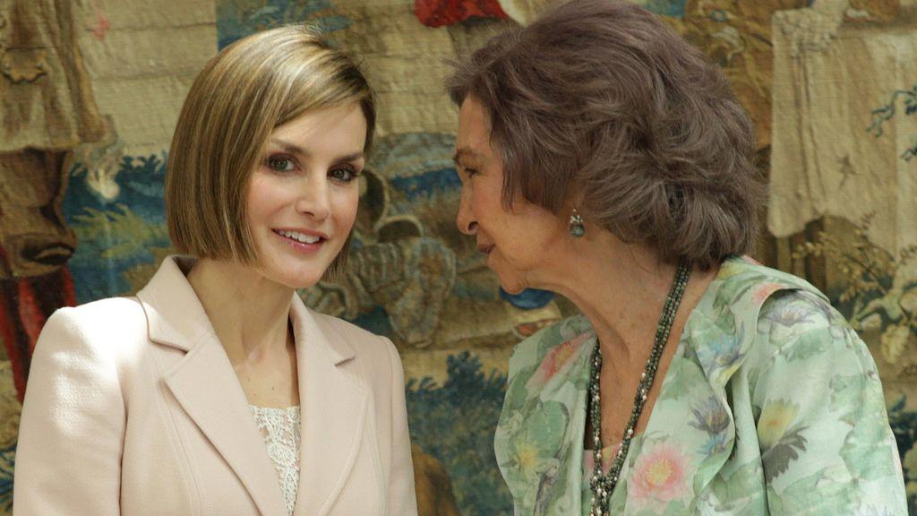 Las reinas, Letizia y Sofía presiden la entrega de los Premios Reina Sofía 2014