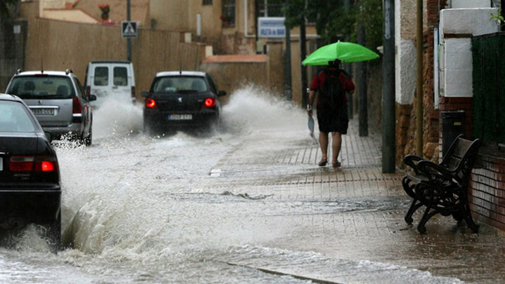 La gota fría persiste en el sur peninsular, con 10 provincias en alerta por tormentas